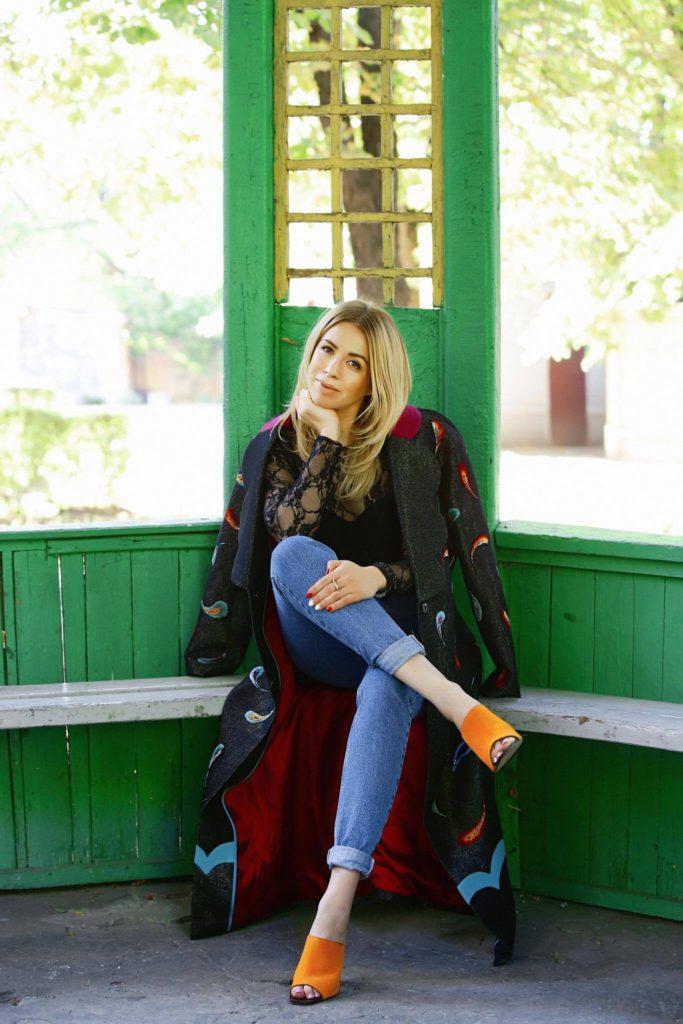 """Елена Бурба: """"Важно отдавать себе отчет в том, что происходит и обращать внимание не только на внешность, но и наполнять и обогащать себя внутренне"""""""